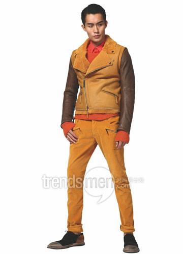 橘红裤子搭配图