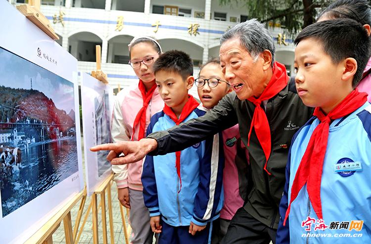 宁海县文峰论坛_老照片见证我县 改革开放40年巨大变迁__宁海新闻网
